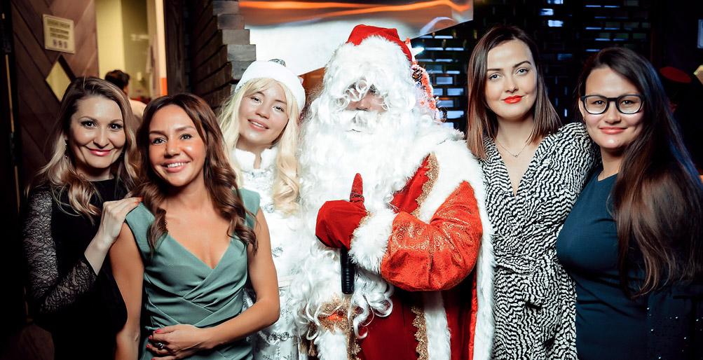 Нужен ли в офисе Дед Мороз?